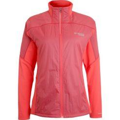 Columbia CALDORADO Kurtka do biegania red coral translucent/red coral. Pomarańczowe kurtki sportowe damskie marki Columbia, m, z elastanu. W wyprzedaży za 249,50 zł.