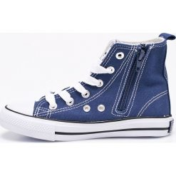 American Club - Trampki. Szare buty sportowe chłopięce American CLUB, z gumy. W wyprzedaży za 34,90 zł.