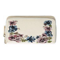 Bessie London Portfel Damski, Kremowy. Białe portfele damskie Bessie London, w kolorowe wzory. W wyprzedaży za 79,00 zł.