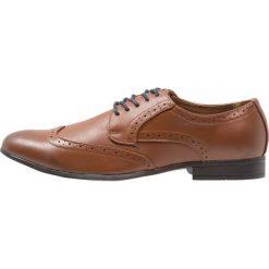 Buty wizytowe męskie: Feud London WINGCAP BROGUE Eleganckie buty tan