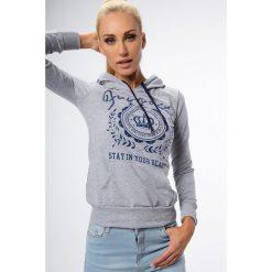 Jasnoszara bluza z kapturem 0126. Szare bluzy z kapturem damskie Fasardi, l. Za 39,00 zł.