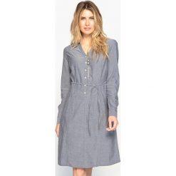 Długie sukienki: Sukienka z pięknie układającego się denimu