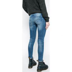 Pepe Jeans - Jeansy Pixie. Niebieskie jeansy damskie rurki Pepe Jeans, z bawełny, z obniżonym stanem. W wyprzedaży za 349,90 zł.