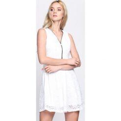 Sukienki: Biała Sukienka Gentle Shivers