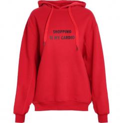 Czerwona Bluza Teenage Fantasy. Czerwone bluzy rozpinane damskie Born2be, l, z kapturem. Za 54,99 zł.