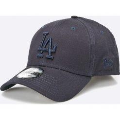 New Era - Czapka League Essential La Dodgers. Szare czapki z daszkiem męskie New Era. W wyprzedaży za 79,90 zł.
