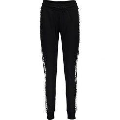 Spodnie dresowe męskie: Spodnie dresowe w kolorze czarnym