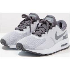 Buty sportowe chłopięce: Nike Sportswear AIR MAX ESSENTIAL Tenisówki i Trampki wolf grey/dark grey/pure platinum