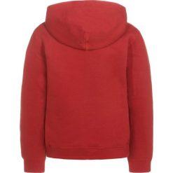 Levi's® Bluza z kapturem red. Czerwone bluzy chłopięce Levi's®, z bawełny, z kapturem. Za 149,00 zł.