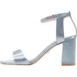 Carvela GIGI  Sandały na obcasie blue. Niebieskie sandały damskie Carvela, z materiału, na obcasie. W wyprzedaży za 439,20 zł.