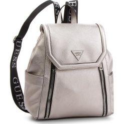 Plecak GUESS - HWVQ71 09320 PEW. Szare plecaki damskie Guess, ze skóry ekologicznej, klasyczne. Za 599,00 zł.