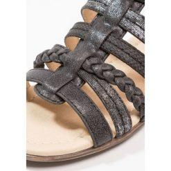 Dockers by Gerli Sandały schwarz. Czarne sandały chłopięce Dockers by Gerli, z materiału. Za 169,00 zł.