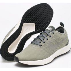 Nike Sportswear - Buty Dualtone Racer Se. Różowe halówki męskie marki Nike Sportswear, l, z nylonu, z okrągłym kołnierzem. W wyprzedaży za 219,90 zł.