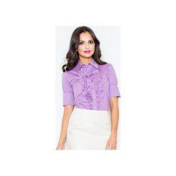 Koszula M025 Fiolet. Fioletowe koszule wiązane damskie FIGL, m, z bawełny, eleganckie, z żabotem, z krótkim rękawem. Za 77,00 zł.