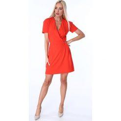 Sukienka z klamerką czerwona 1670. Czerwone sukienki Fasardi, m. Za 69,00 zł.