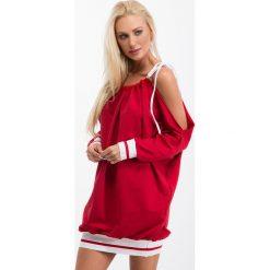Sukienki: Czerwona sukienka sportowa oversize 1312