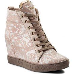 Sneakersy CARINII - B4078 L47-L48-000-B88. Czerwone sneakersy damskie Carinii, ze skóry. W wyprzedaży za 259,00 zł.