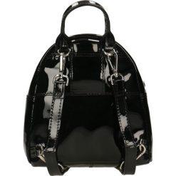 Plecak. Czarne plecaki damskie marki Gino Rossi, z lakierowanej skóry. Za 249,90 zł.