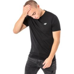4f Koszulka męska H4L18-TSMF002 czarna r. M. Czarne koszulki sportowe męskie 4f, l. Za 50,90 zł.