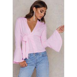Boohoo Marynarka z poszerzanymi rękawami - Pink. Różowe marynarki i żakiety damskie marki Boohoo. W wyprzedaży za 48,59 zł.