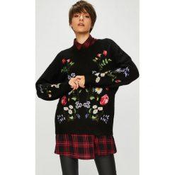 Medicine - Sweter Royal Purple. Fioletowe swetry klasyczne damskie MEDICINE, l, z dzianiny, z okrągłym kołnierzem. Za 159,90 zł.