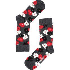 Szare Skarpetki Kimono Happy Socks. Czerwone skarpetki damskie marki Born2be. Za 29,99 zł.