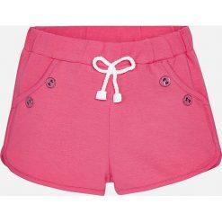 Mayoral - Szorty dziecięce 68-98 cm. Różowe spodenki dziewczęce Mayoral, z bawełny, casualowe. Za 54,90 zł.