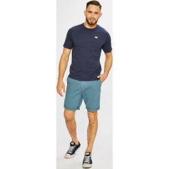 Quiksilver - Szorty. Czerwone spodenki jeansowe męskie marki Cropp. W wyprzedaży za 199,90 zł.