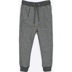 Blukids - Spodnie dziecięce 98-128 cm. Szare spodnie chłopięce marki Blukids, z bawełny. W wyprzedaży za 69,90 zł.