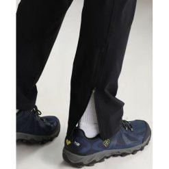 Chinosy męskie: Haglöfs LIZARD PANT MEN Spodnie materiałowe true black
