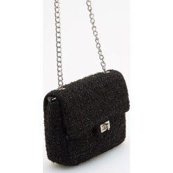 Mała torebka na łańcuszku - Czarny. Czarne torebki klasyczne damskie marki Reserved, małe. Za 79,99 zł.