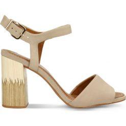 Sandały ASILA. Brązowe sandały damskie na słupku Gino Rossi, w paski, z nubiku, na wysokim obcasie. Za 279,90 zł.