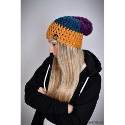 Czapka Triquence 32 - KOLOROWA. Szare czapki damskie Pakamera, w kolorowe wzory. Za 69,00 zł.