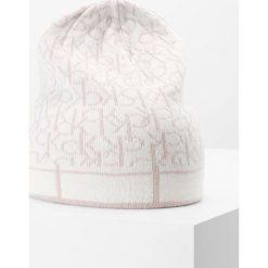 Czapki damskie: Calvin Klein MIX BEANIE Czapka mushroom/dust