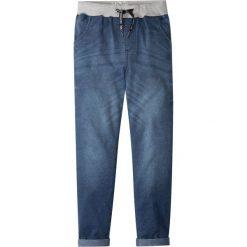 """Miękkie dżinsy z wygodnym paskiem bonprix niebieski """"stone"""". Czarne jeansy chłopięce marki bonprix, w paski. Za 89,99 zł."""