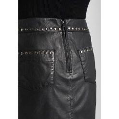 Ibana HAWAI Spódnica skórzana black. Czarne minispódniczki marki Ibana, z materiału. W wyprzedaży za 571,35 zł.
