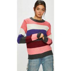 Only - Sweter Dina. Szare swetry klasyczne damskie ONLY, l, z dzianiny, z okrągłym kołnierzem. W wyprzedaży za 139,90 zł.