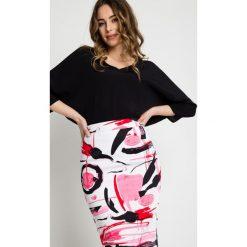 Minispódniczki: Ołówkowa spódnica we wzory z podszewką BIALCON