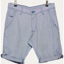 Szorty z podwiniętą nogawką - Niebieski. Niebieskie bermudy męskie Cropp. W wyprzedaży za 39,99 zł.