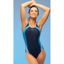 Damski kostium kąpielowy Alinka1 jednoczęściowy. Szare stroje jednoczęściowe marki Astratex, w paski. Za 134,99 zł.