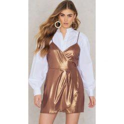 Motel Rocks Sukienka Florence - Gold. Różowe sukienki na komunię marki Motel Rocks. W wyprzedaży za 78,89 zł.