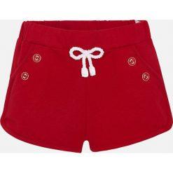 Mayoral - Szorty dziecięce 68-98 cm. Czerwone szorty damskie Mayoral, z bawełny, casualowe. Za 54,90 zł.