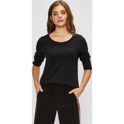 Tommy Jeans - Bluzka. Szare bluzki asymetryczne Tommy Jeans, m, z bawełny, casualowe, z okrągłym kołnierzem. Za 159,90 zł.