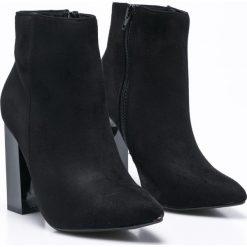 Missguided - Botki. Czarne buty zimowe damskie marki Missguided, z materiału, na obcasie. W wyprzedaży za 119,90 zł.