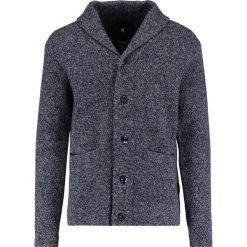 GStar LOKORA CARDIGAN KNIT L/S Kardigan sartho blue/ivory. Czarne swetry rozpinane męskie G-Star, l, z materiału. W wyprzedaży za 443,40 zł.