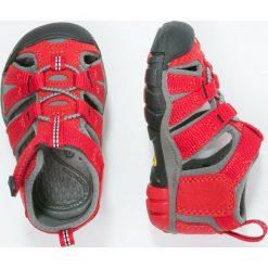 Keen SEACAMP II CNX Sandały trekkingowe racing red/gargoyle. Czerwone sandały chłopięce marki Keen, z materiału. Za 169,00 zł.