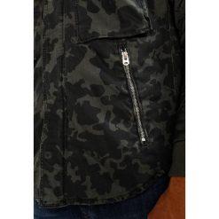 GStar TYPE C HC PADDED OVERSHIRT L/S Kurtka przejściowa forest night/black ao. Białe kurtki męskie przejściowe marki G-Star, z nadrukiem. W wyprzedaży za 351,60 zł.
