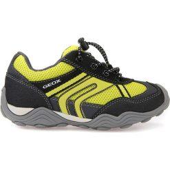 """Sneakersy """"Tawis"""" w kolorze czarno-żółtym. Niebieskie trampki chłopięce marki geox kids, z gumy. W wyprzedaży za 129,95 zł."""