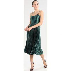 Sukienki hiszpanki: Whistles PLEATED STRAPPY  Sukienka koktajlowa mineral green