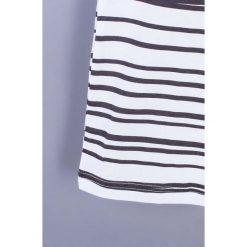 Coccodrillo - T-shirt dziecięcy 122-158 cm. Białe t-shirty chłopięce z nadrukiem marki COCCODRILLO, m, z bawełny, z okrągłym kołnierzem. Za 39,90 zł.